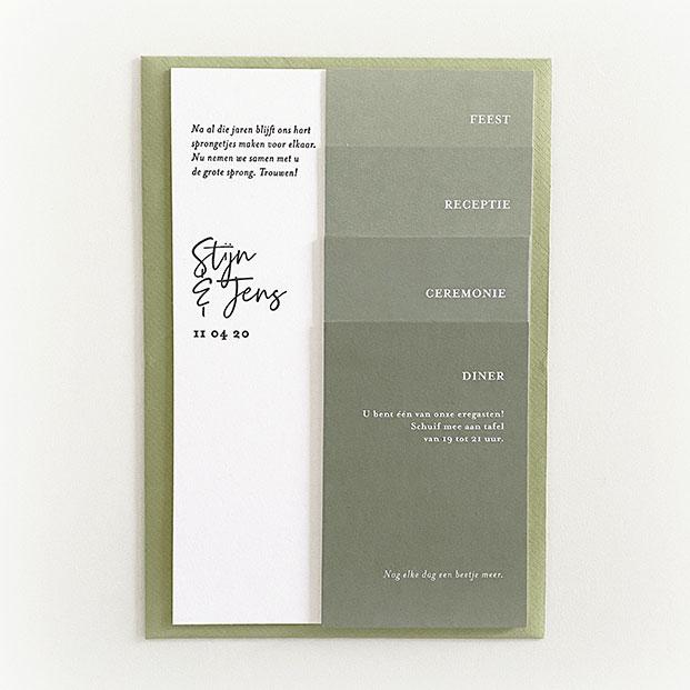 Uitnodiging groen letterpress